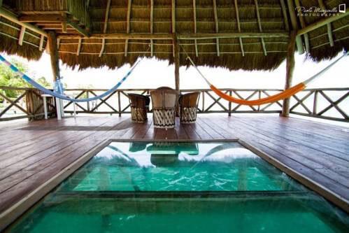 Los 5 mejores hostales para hospedarse en bacalar for Hotel luxury en bacalar