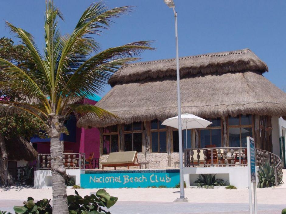 Nacional Beach Club & Bungalows
