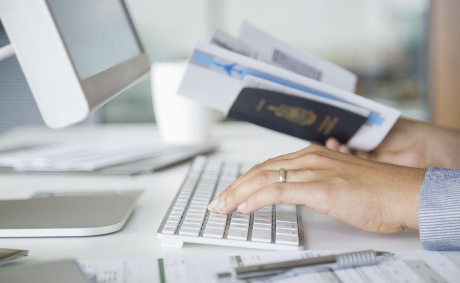 Secretos para reservar vuelos baratos por internet