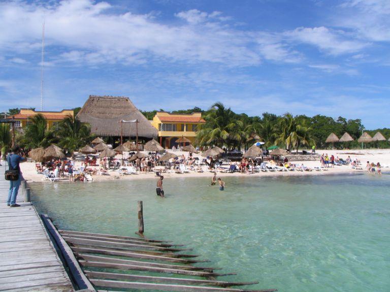 Vista exterior del Tequila Beach Club